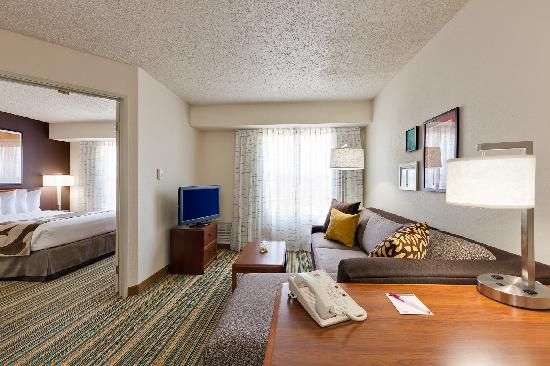 Residence Inn Merrillville: One Bedroom Suite