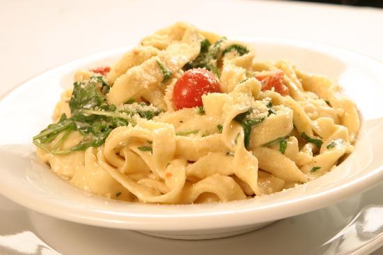 Antibes Bistro: Homemade Fettucine