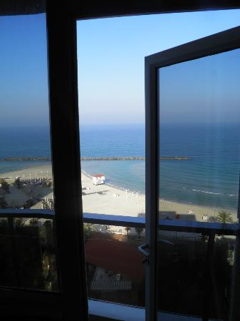 Residence Hotel: Выход на балкон