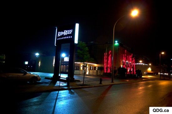 Rib'n Reef Steakhouse & Cigar Lounge