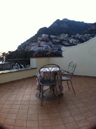Residence Alcione: dalla stanza Galli 1