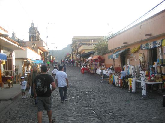 Pyramids of Tepoztlan: town full of things to buy
