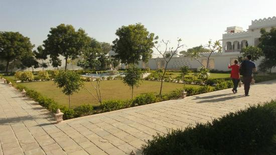 Talabgaon Castle Heritage Resort: Talabgaon Castle