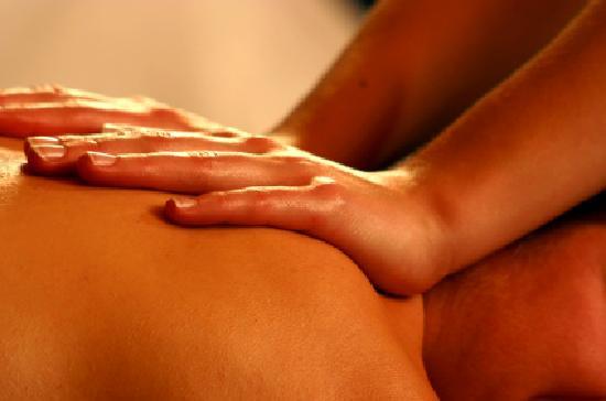 Balance Mountain Day Spa: massage