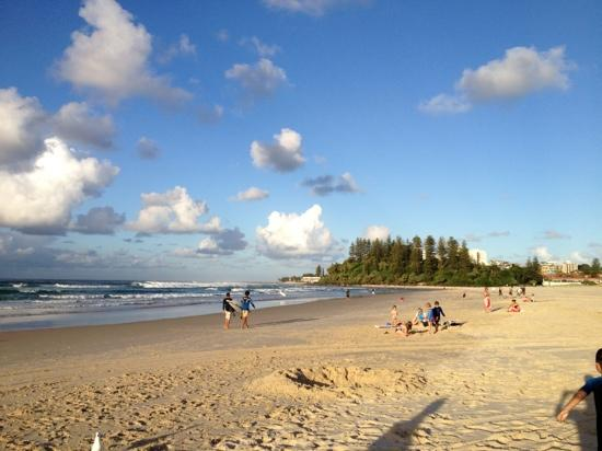 coolangatta beach in the afternoon