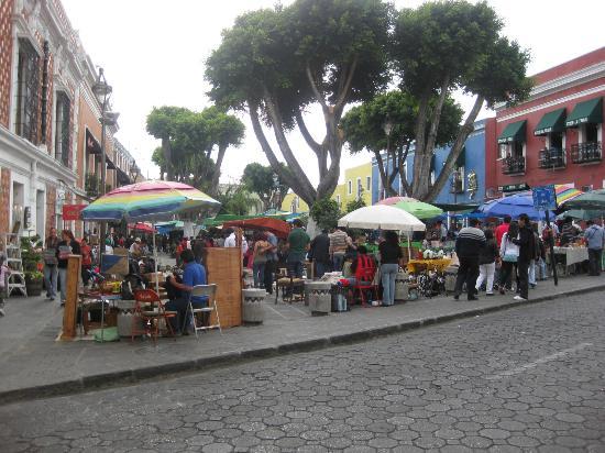 Alley of the Frogs (Callejon de los Sapos): the alley