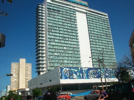 LocationPhotoDirectLink G147271 D151399 I40308228 Tryp Habana Libre Havana Cuba on buenos aires reviews