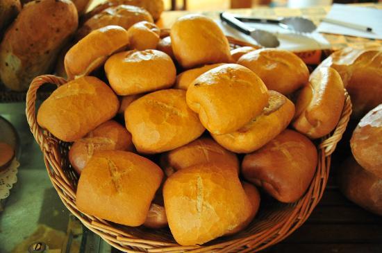 Hotel Le Petit Village: Bakery