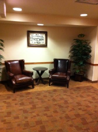 Prairie Knights Casino & Resort: Elevator Rest Area.