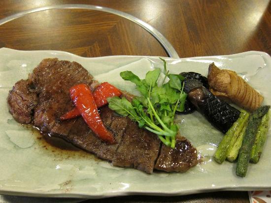 Asakusa Imahan Kokusai Dori Honten: steak