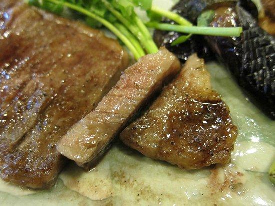 Asakusa Imahan Kokusai Dori Honten: very tender and juicy steak