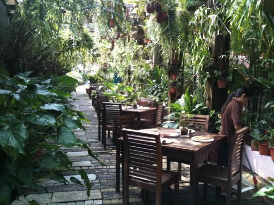 Happy Garden Restaurant Batu Ferringhi Penang