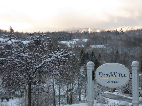 Deerhill Inn Restaurant: Fabulous Views of the Green Mountains