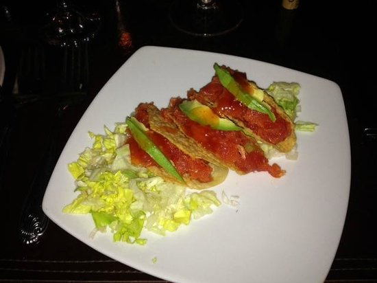 Fins Seafood Grill : Ahi Taco Starter