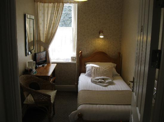 Harvington House: Single room