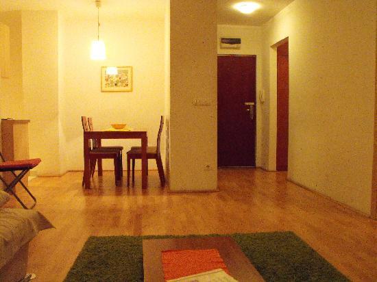 Aboriginal Budapest Apartments: Salotto