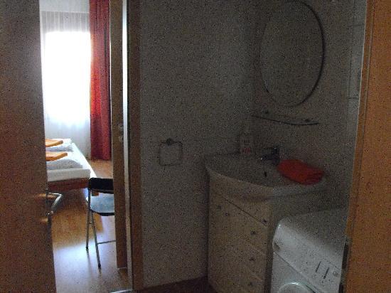 Aboriginal Budapest Apartments: Bagno