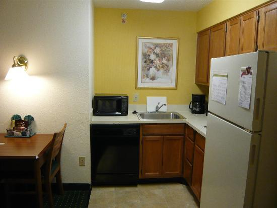 Residence Inn Atlanta Kennesaw/Town Center: the room