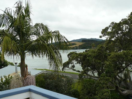 Acacia Lodge Motel: View from room - shame about weather