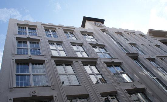 ArtDeco Istanbul Suites: Building Exterior