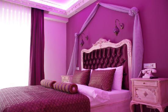 ArtDeco Istanbul Suites: Bedroom