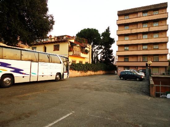 Eurhotel: Parcheggio privato gratuito