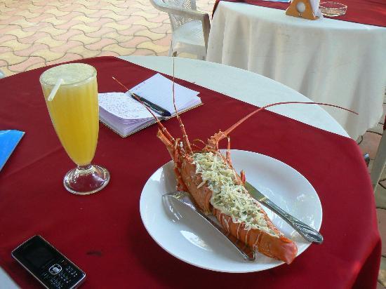 Maria Paulo Guest House- Agonda : Repas: langouste à la goanaise, un délice