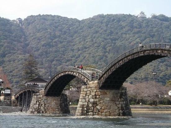 Pont de Kintaikyo : 錦帯橋