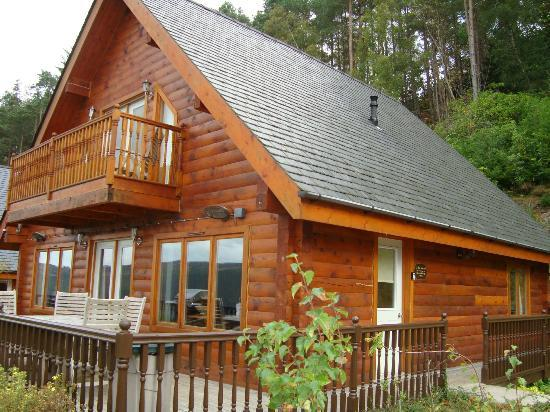 Lodges on Loch Ness: lodge