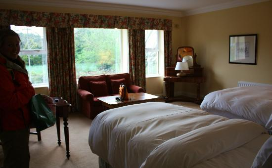 Dunraven Arms Hotel: Our awesome room overlooking the gardens