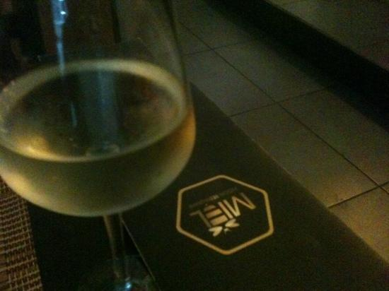 Miel Fusion Restaurant Bar: vinito