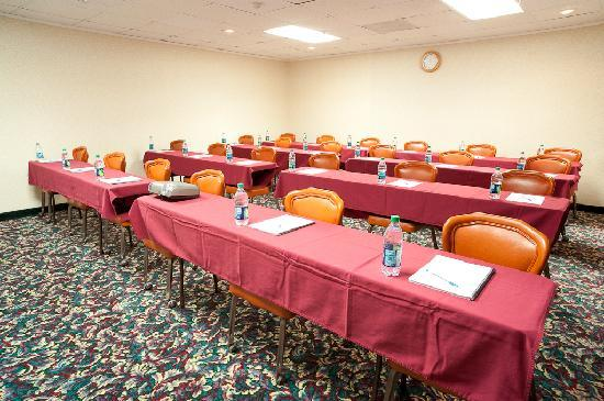 Days Inn Parsippany: Meeting Space