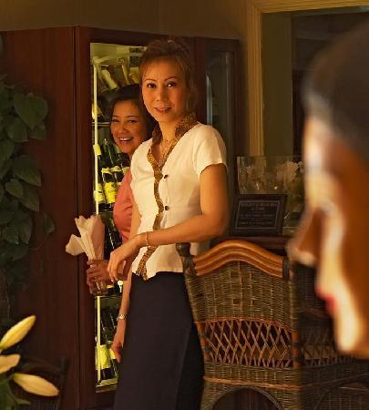 Sangthai: Thai service