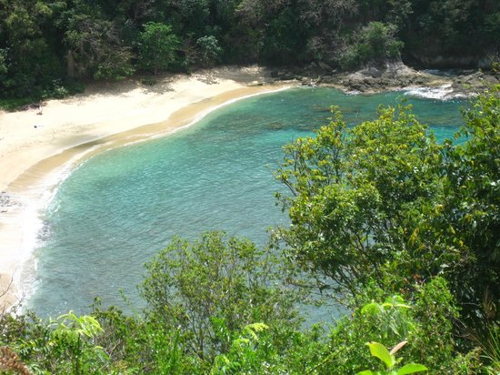 Arnos Vale Reef : View of Arnos Vale beach from lookout