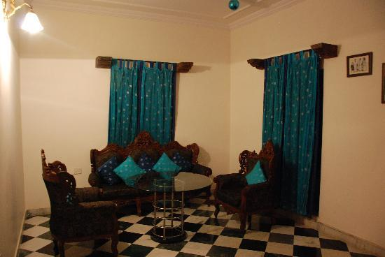 OYO 1674 Hotel Tordi Haveli: Lobby