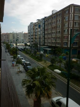Pension Terminal: view of Calle Salitre from the balcony