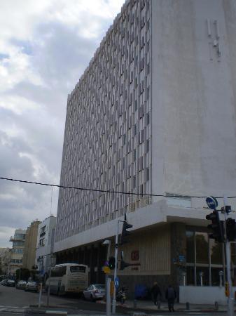 Grand Beach Hotel: fachada del hotel