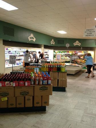 Sunset Market: produce aisle