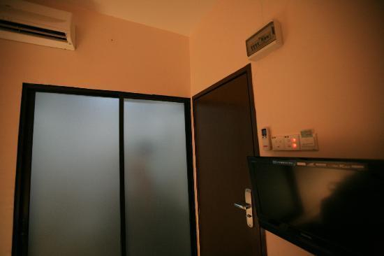 EV World Hotel Sri Petaling: room