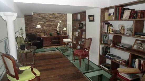 La Maison de Claire: l'espace lecture