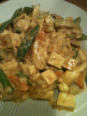 The Orchard: Curry Stir Fry with Tofu and Brown Rice
