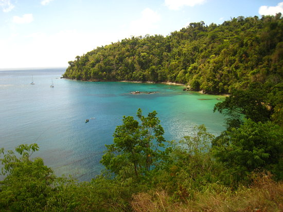 Northeast Coast, Tobago: Pirate's Bay, view from left side