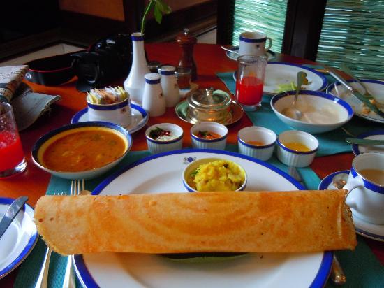 The Oberoi Amarvilas : Breakfast