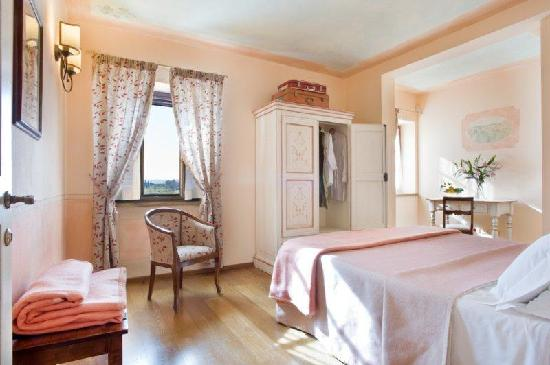 Aia Mattonata Relais: Superior room L' Uva