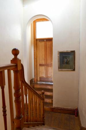 Avatara Guest House: hallway on the 2nd floor