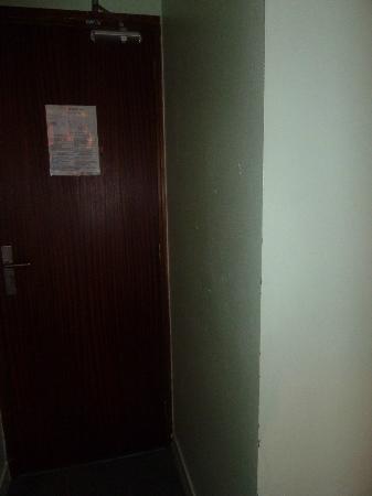 Hotel Pax: Tür