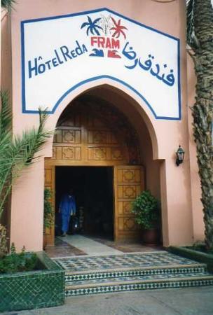 Hotel Reda : Porta ingresso