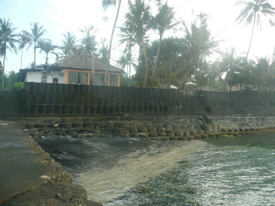 "Nirwana Resort and Spa: собственный ""пляж"""