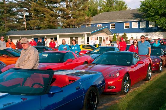Dell Creek Motel: Corvette Club