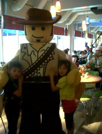 LEGOLAND Resort Hotel: A Lego Character at breakfast